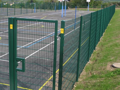 Stadium Welded Wire Fence for Basketball, Football, Tennis Court